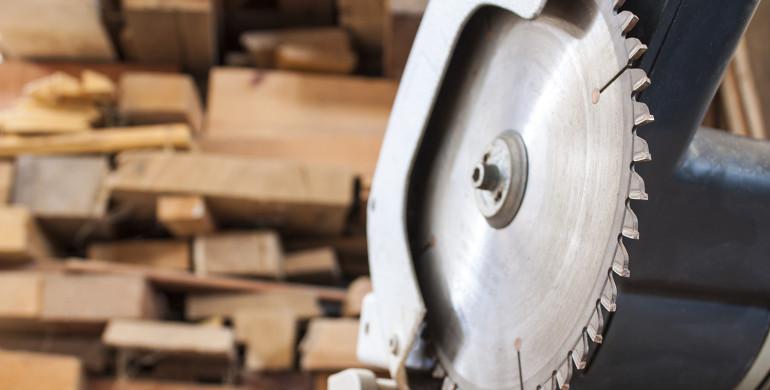 Confiança da indústria cai pela quarta vez seguida e atinge menor nível desde julho de 2009